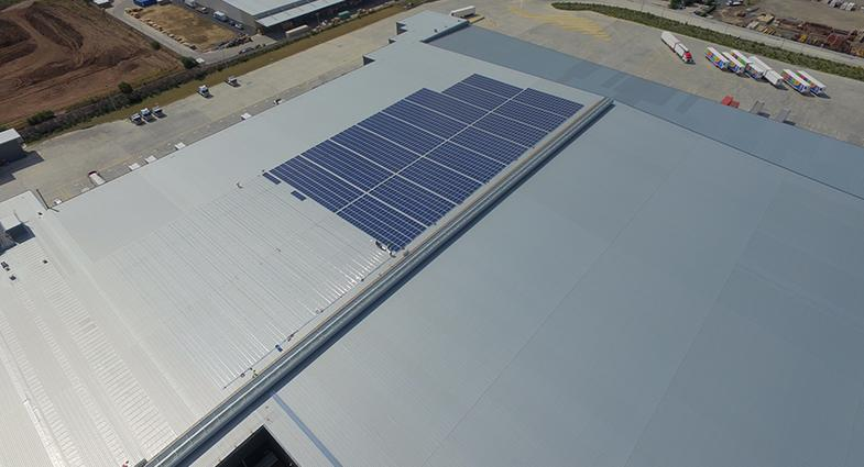 solar panel installation at aldi brendale distribution centre to cater for entire site s energy. Black Bedroom Furniture Sets. Home Design Ideas